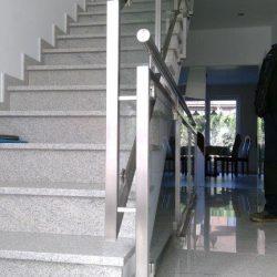 Treppe-Innen-6